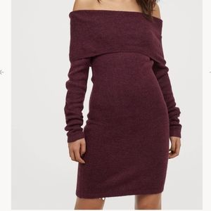 Berry Short off-the-shoulder Sweater Dress